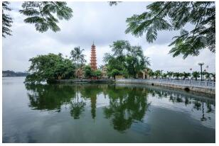 Tran Quoc & Ly Quoc Su Pagoda